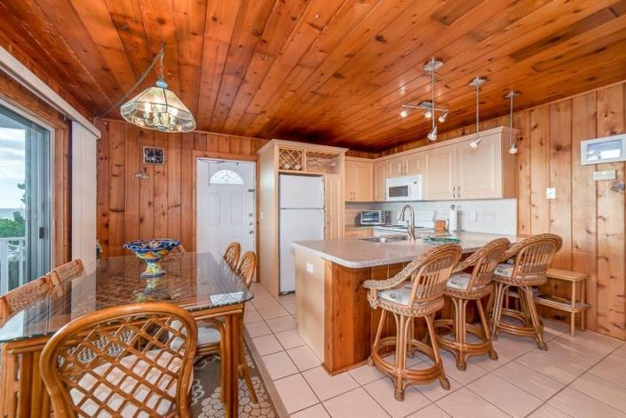 1210 Shoreview Drive Downstair - Manasota Key Realty